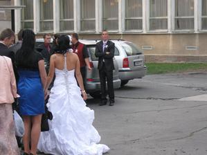 tak a ide sa svadbovať