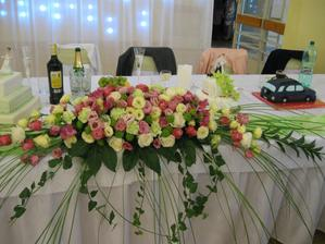 hlavná ikebana na našom stole