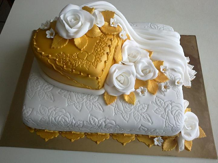 Svadobná torta - Obrázok č. 15