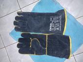 zváračské rukavice,