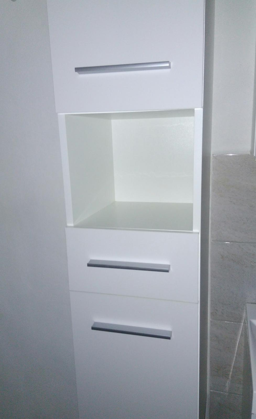 Nábytok do kúpelne - Obrázok č. 1