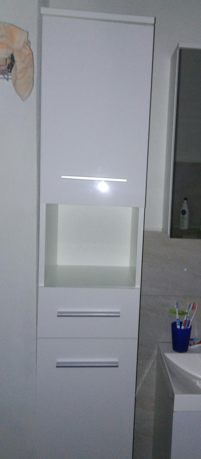 Nábytok do kúpelne - Obrázok č. 3