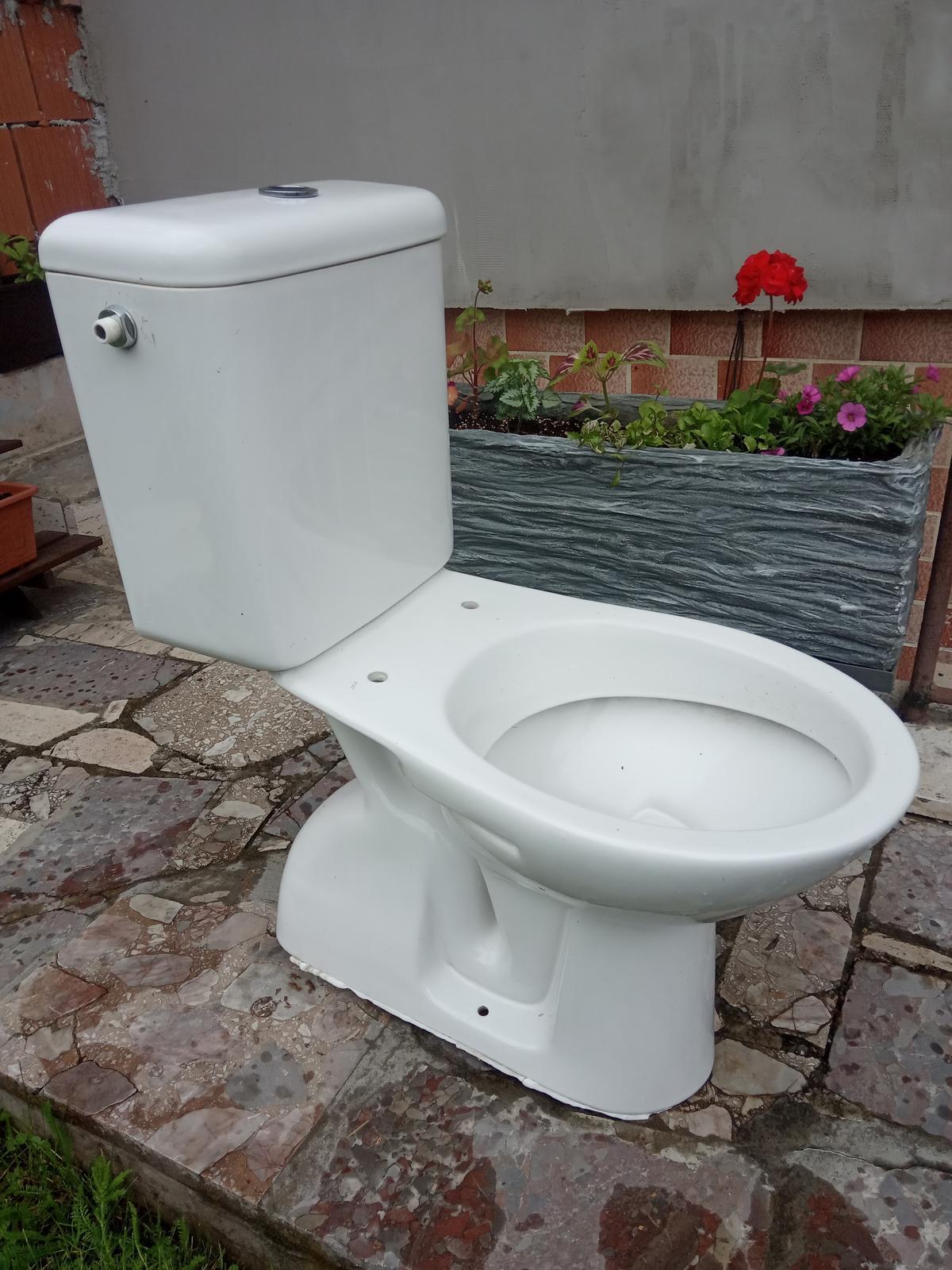 Darujem WC - Obrázok č. 1