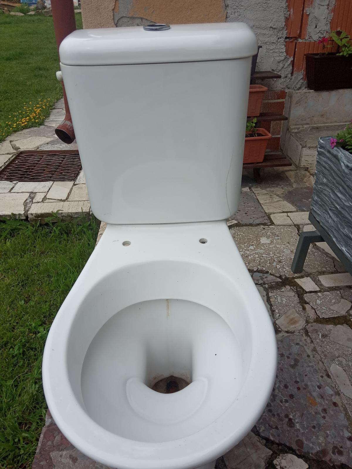 Darujem WC - Obrázok č. 2