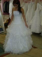 a nebo tyhle..... sukně je oddělávací a na mini šaty......