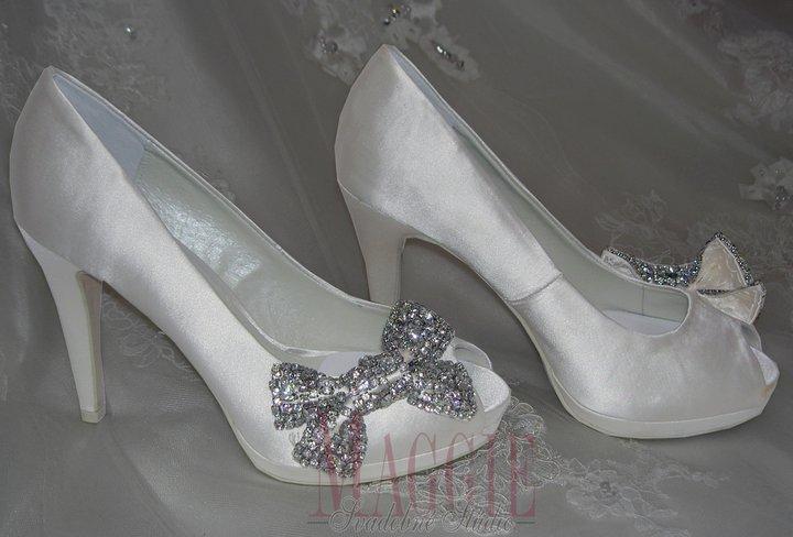 O COM SNIVAM :-) - taketo by som  chcela svadobne