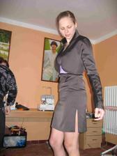 zkouška šatů družička Lucy