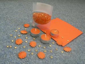 a něco z oranžové dekorace.....