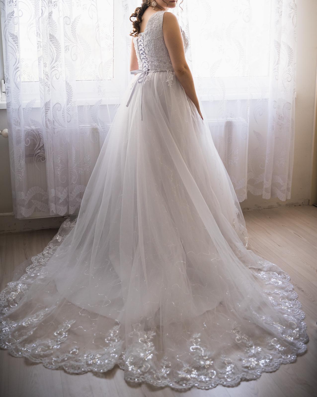 Svadobne šaty princeznovské - Obrázok č. 1