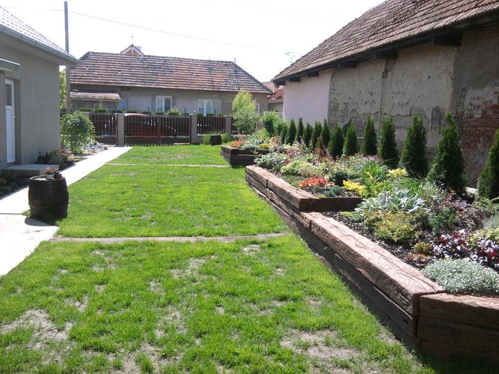 Naša debutová záhradka - Obrázok č. 2