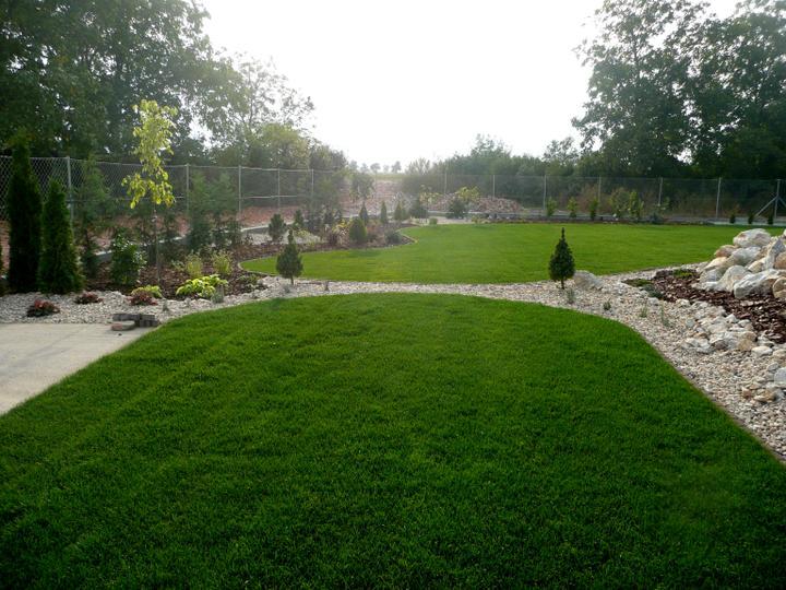 Záhrada s veľkou skalkou - Obrázok č. 30