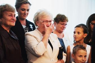Babka G od začiatku vravela, že bude robiť plačku na odobierke ;)