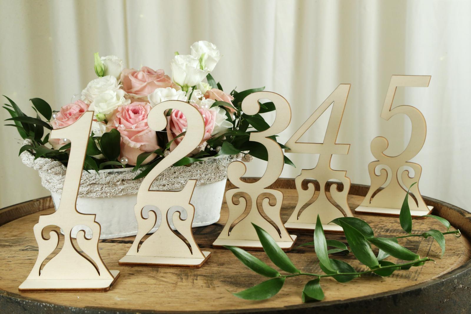 Drevené čísla na stôl - Obrázok č. 4