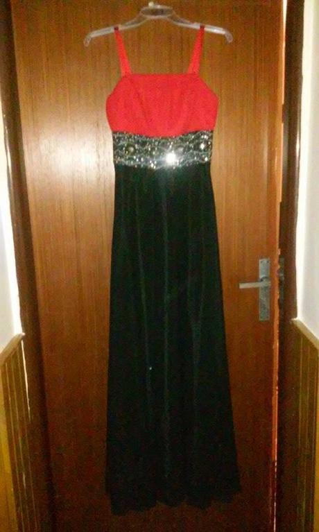 Dlhé šaty - Obrázok č. 1