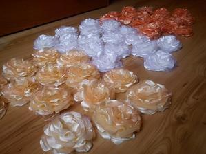 kvetinky kompletné :)