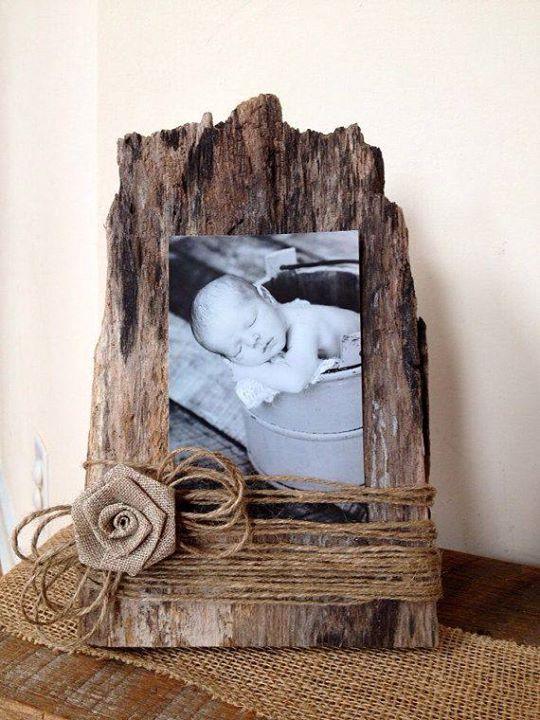Nápady a inšpirácie - vintage, prírodné, handmade a iné :) - fotka trošku odveci, ale rámik perfektný k prírodnej, drevenej svadbe :)