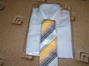 svatební košile s kravatou