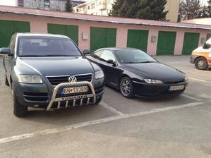 Svadobné auto :) chceme Peugeot ale záleží od počasia ak by náhodou pršalo tak Touareg :)