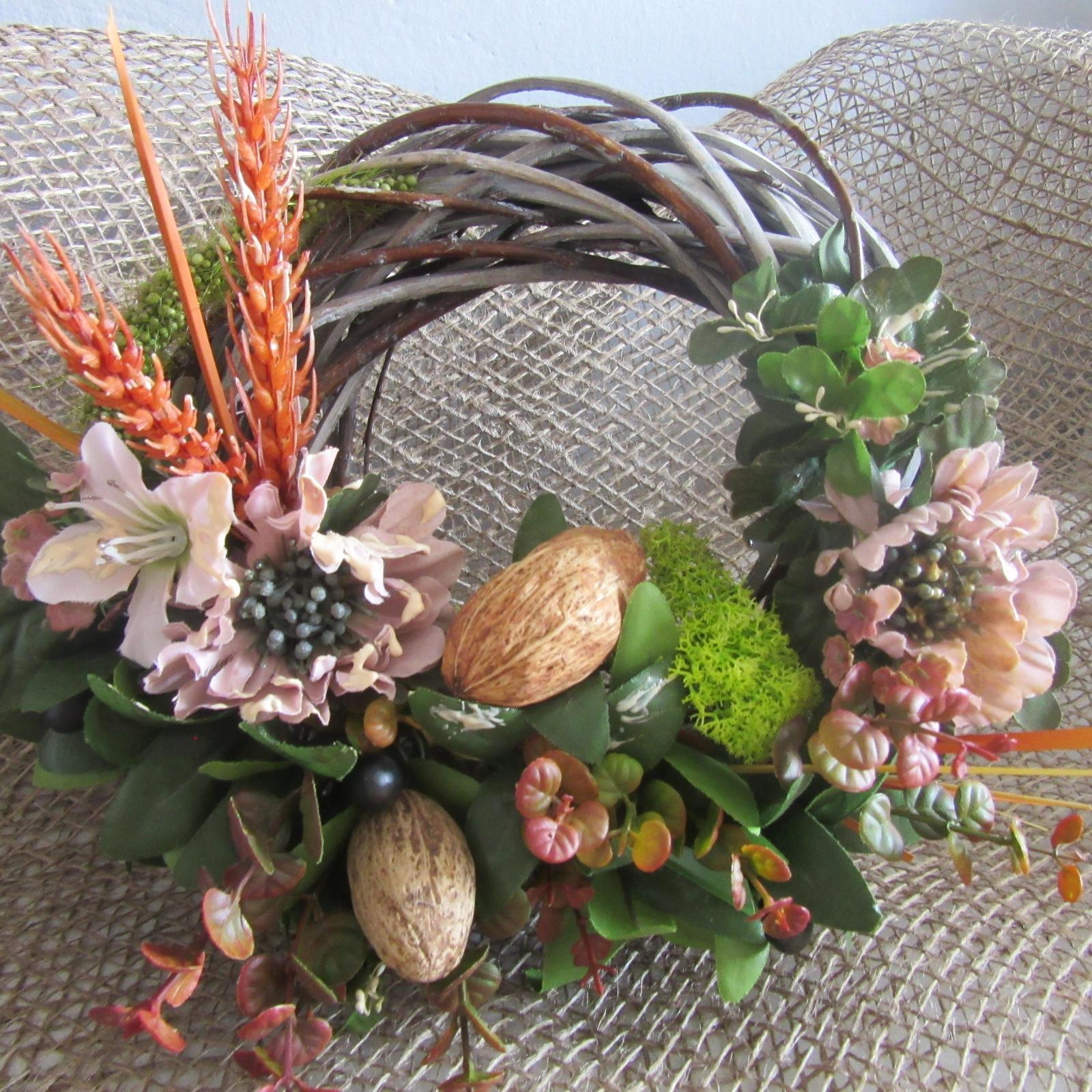Podzim u nás - Letošní podzimní hotov....ještě dát na dveře