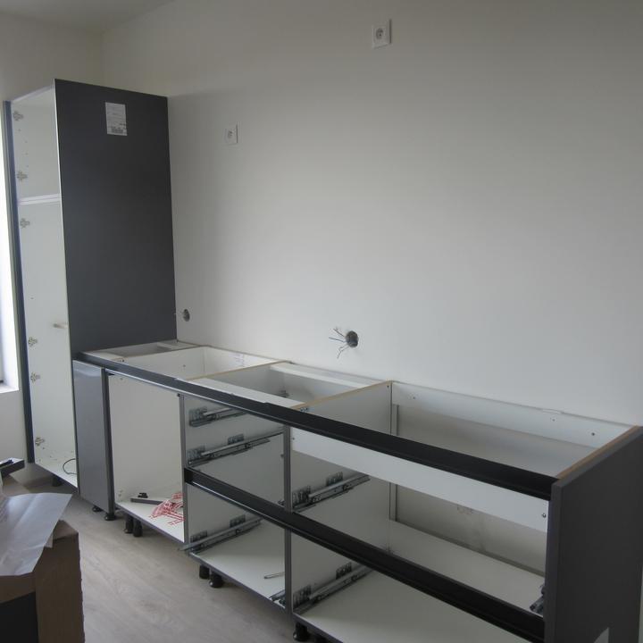 Sen se naplnil - konečně montáž kuchyně
