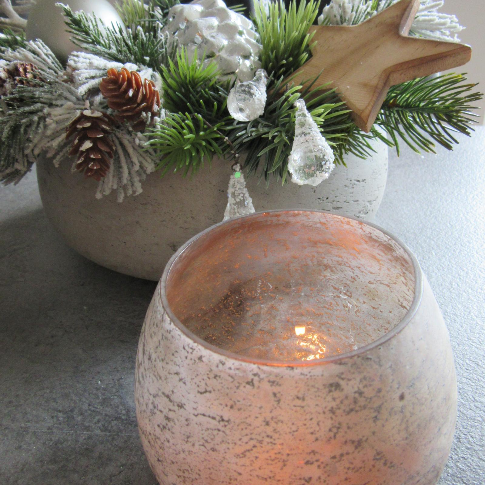 Čas vánoční - zbožňuji ty ledové kapičky, nejraději bych je naplácala všude