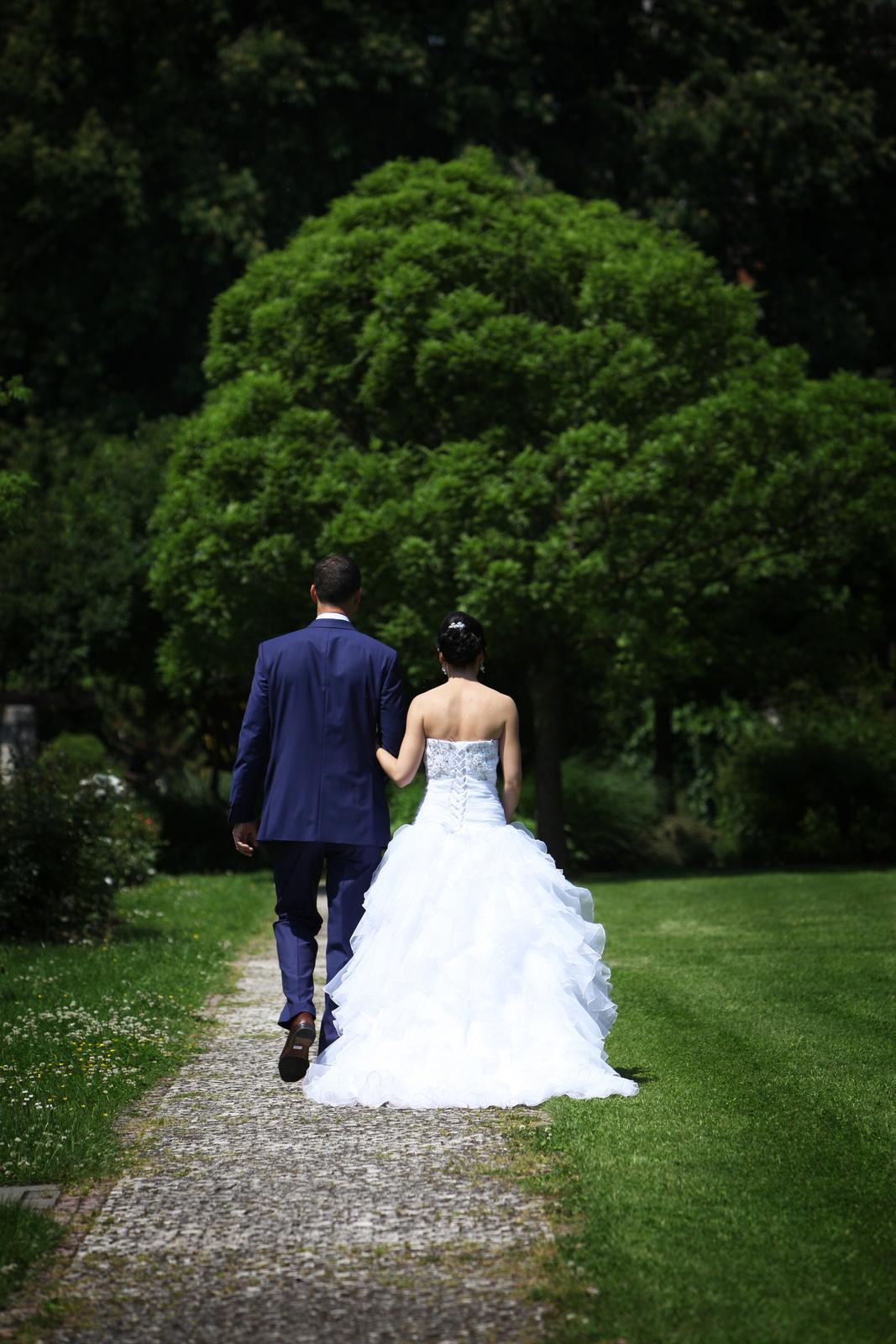 Svadobné šaty pre útle, nižšie nevesty 32-36 - Obrázok č. 2