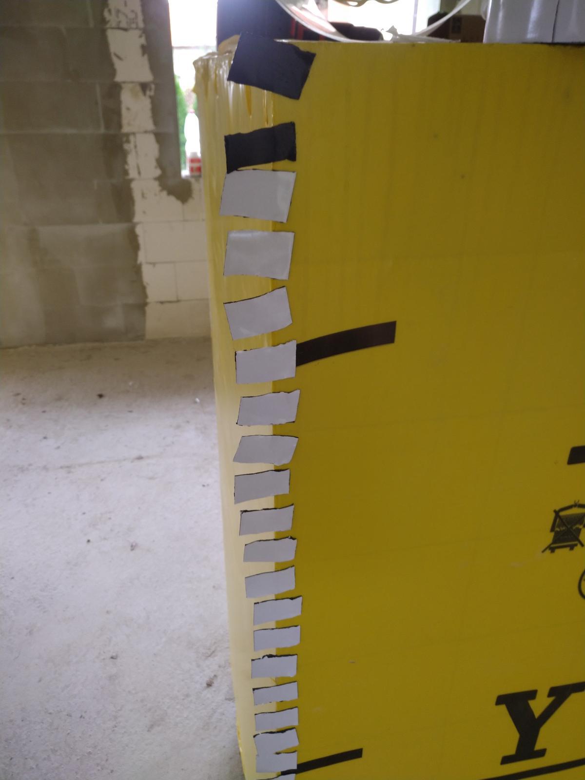 Náš Dom základy na XPS - Skrutkotesna paska na perforacie po sroboch