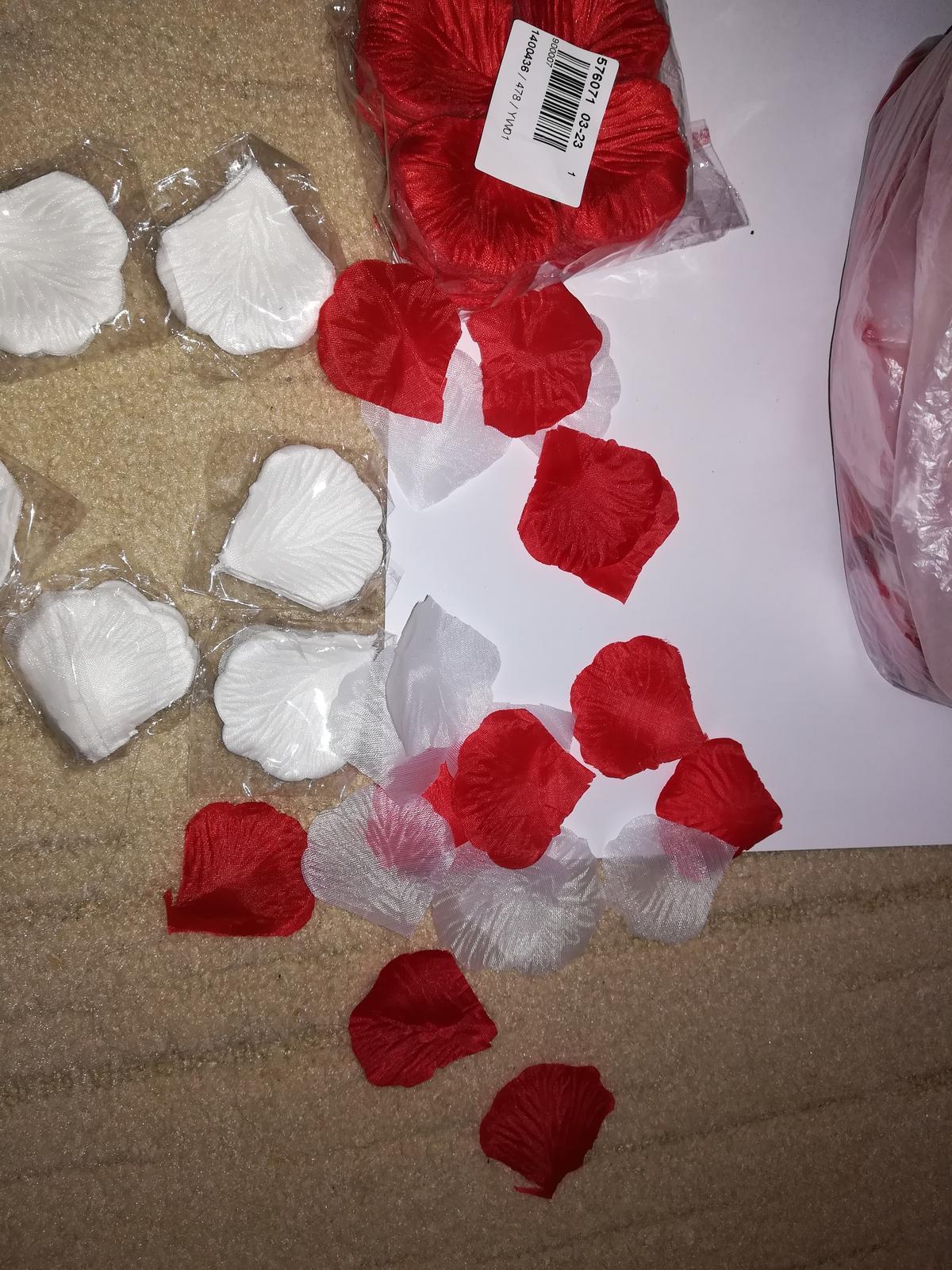 červené  lupene - Obrázok č. 3