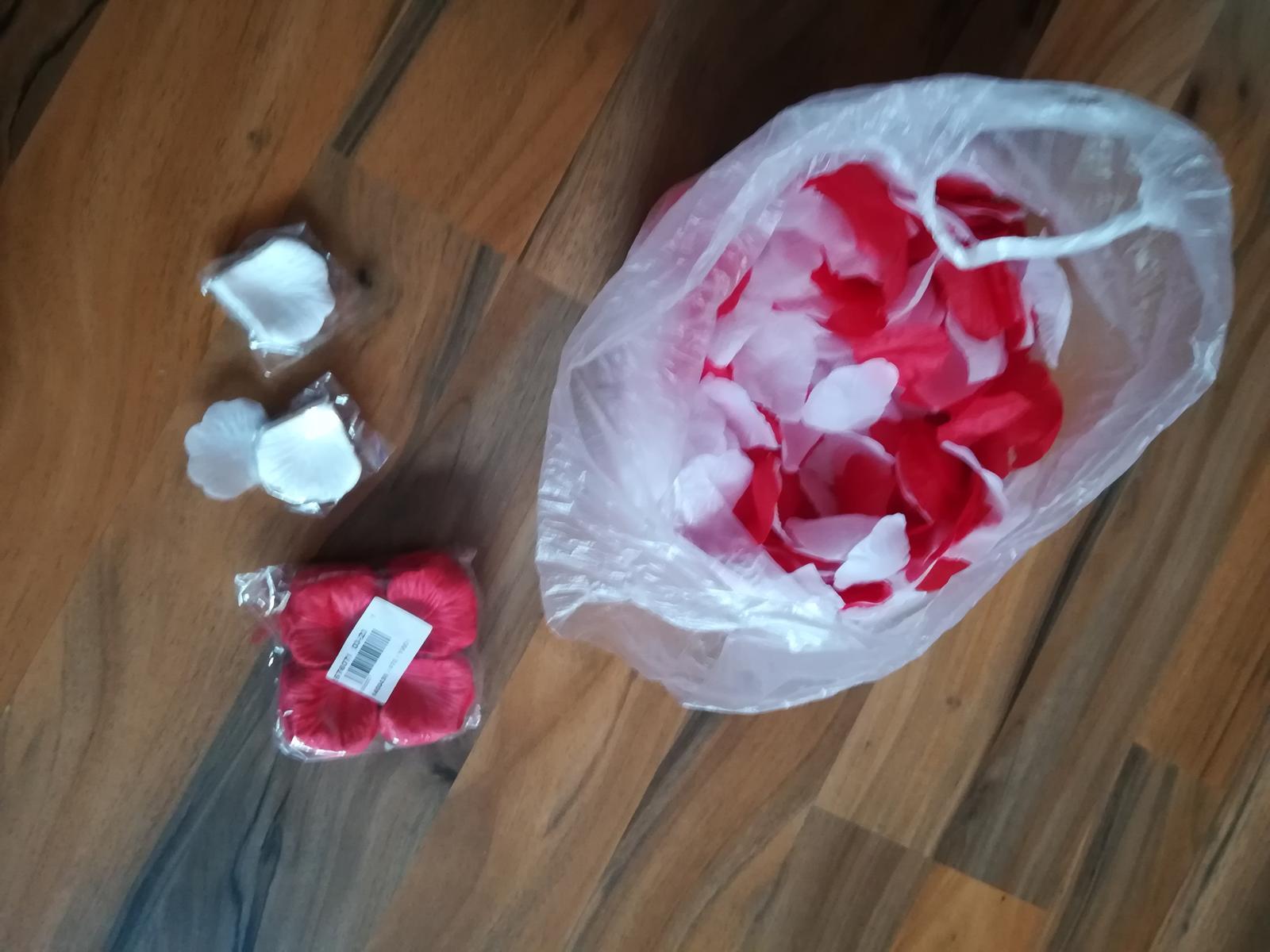 červené  lupene - Obrázok č. 4