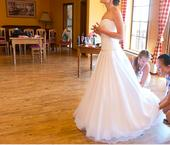 Svatební šaty se Swarovski kamínky, 38