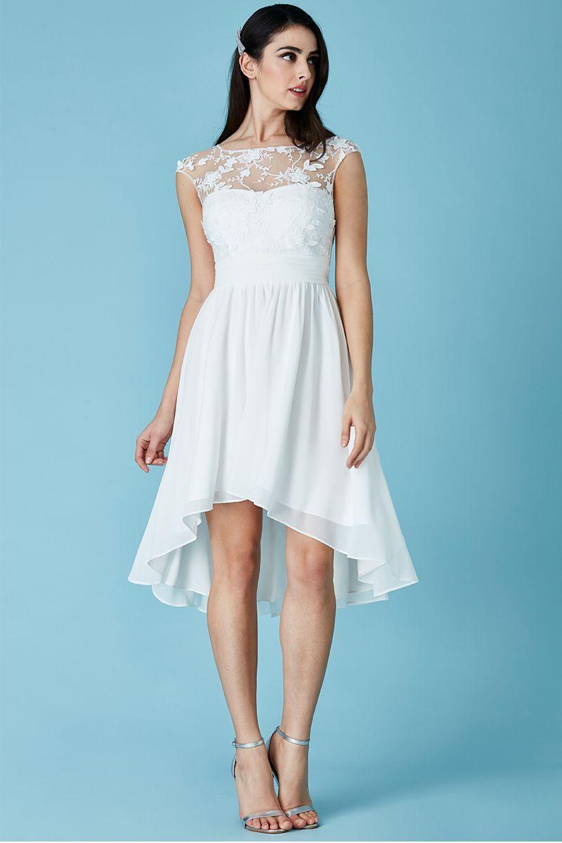 Predstavy... 👌👰💏 - popolnočné šaty :)