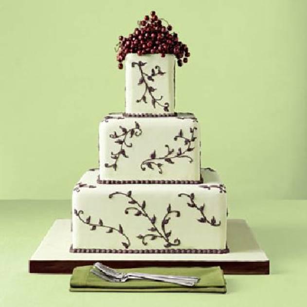 Vanilkovo-cokoladova svadba - 1.) genialna torta! Ale ja chcem okruhlu! :-) Takuto ale okruhlu a hore kvety Calla, tak ako bude aj kytica. Cena: cca 3.000 Sk. Upecie Andrea z okresu TT (www.tortyodmamy.sk)