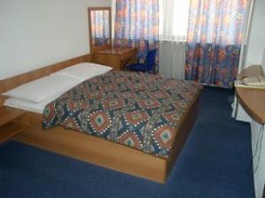 Ubytovanie pre hostí je  predbežne zerezervované