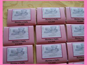 mini čokoládky na svatební tabuli