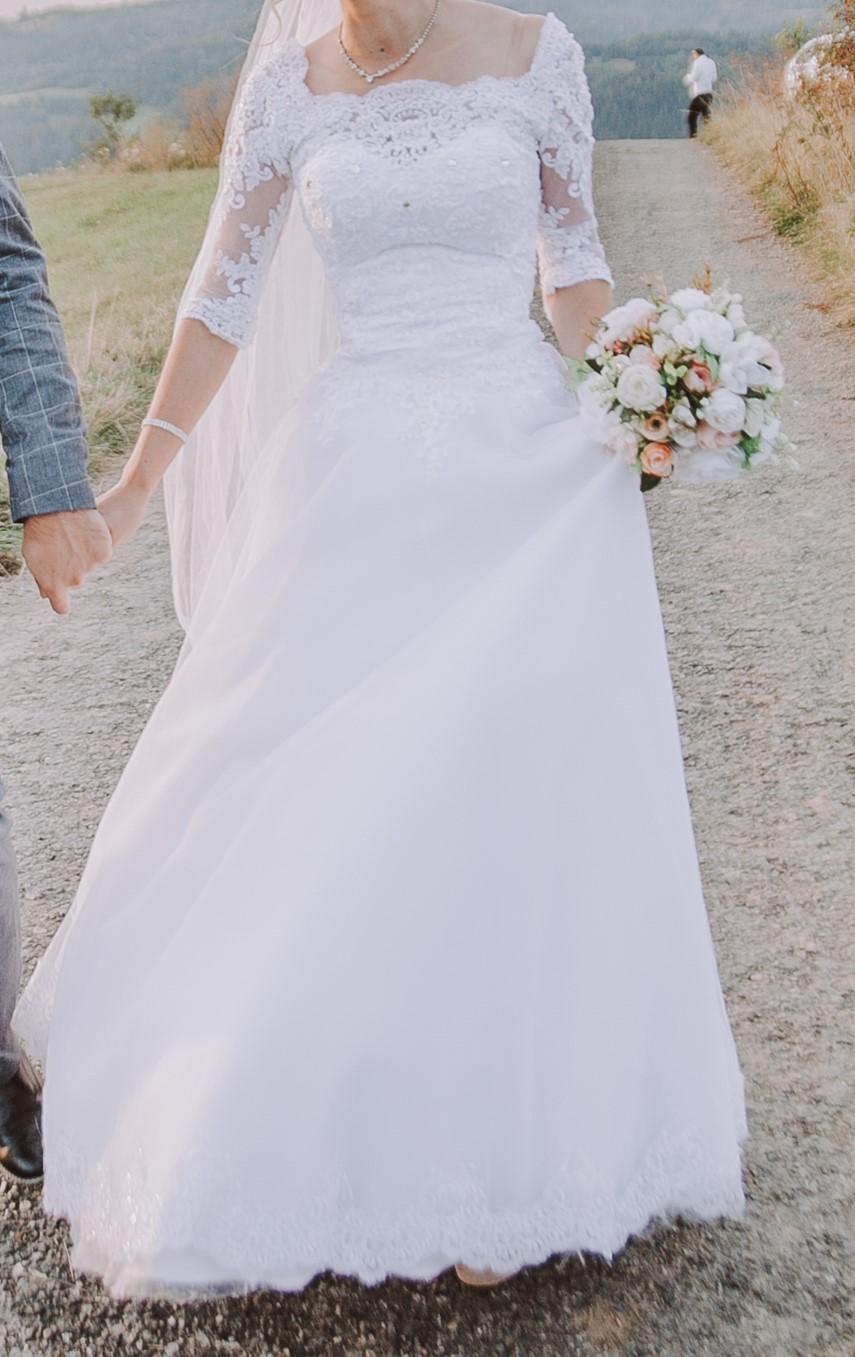 Svadobné šaty 32-34 - Obrázok č. 1