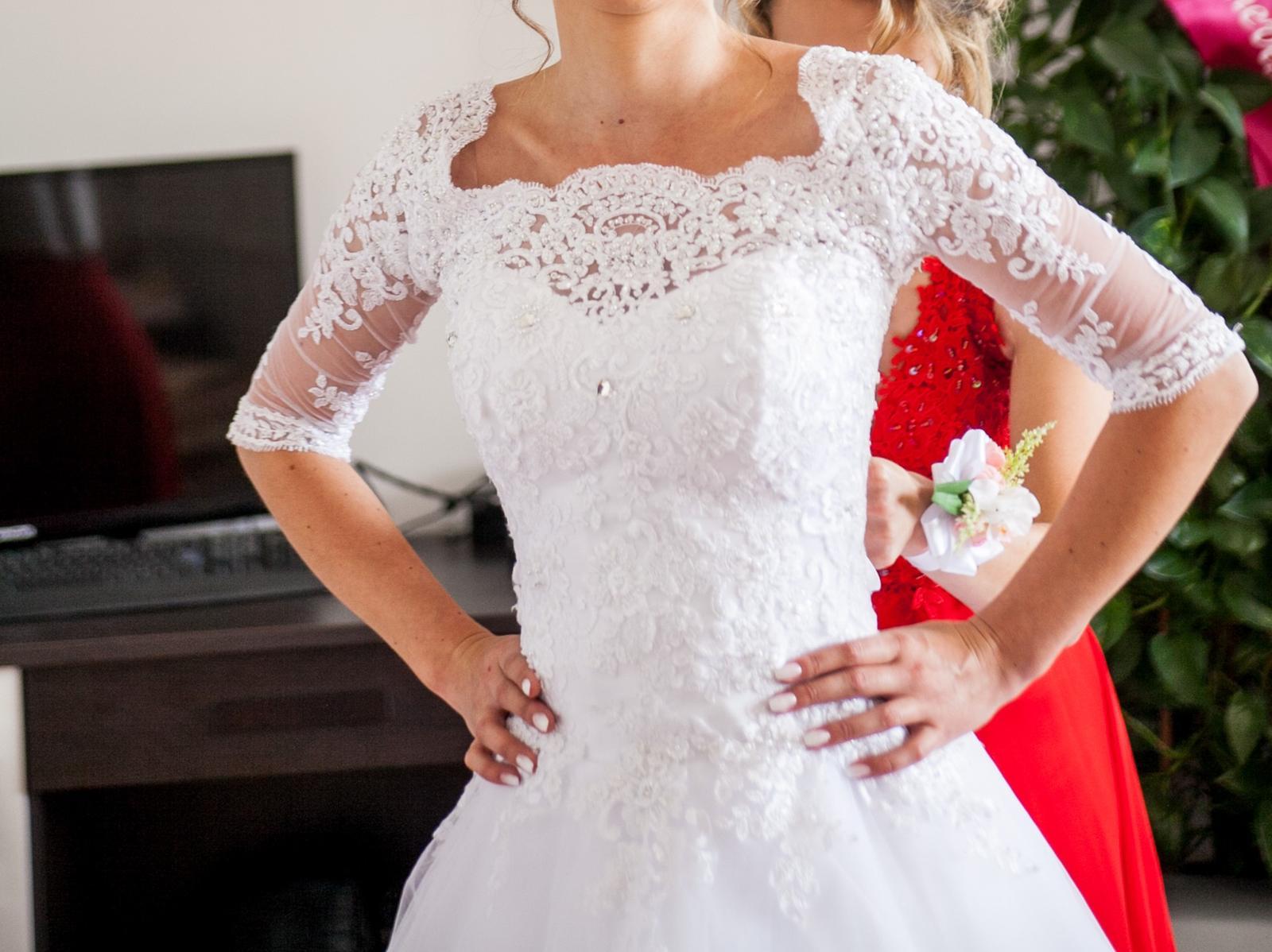 Svadobné šaty 32-34 - Obrázok č. 2