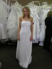 2.šaty, jednoduché,ale mně absolutně nesedly..hrůza!