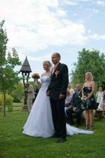 tady už posloucháme svatební proslov