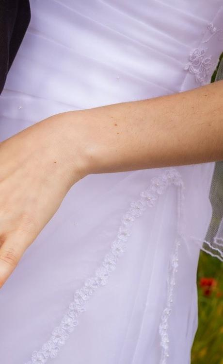 Svadobné šaty s čipkou - Obrázok č. 4
