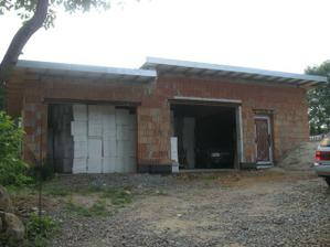 Manželova pidi garáž :-)