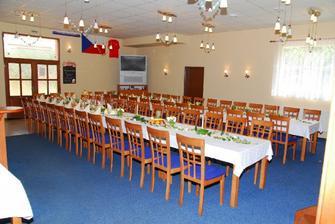 hostina bude probíhat zde...Veverko půjčila jsem si tvou fotku:-)