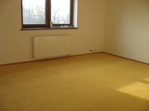 Druhý pokojík prozatím to bude ložnice a pokojíček pro miminko.
