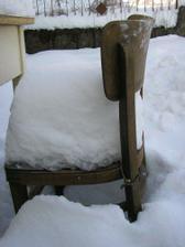 zima v zahrade