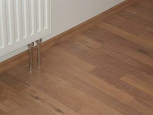 podlaha v pokojíčku
