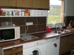 stará kuchyňka v novém domečku