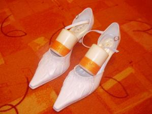 svatební botky a výzdoba na stůl