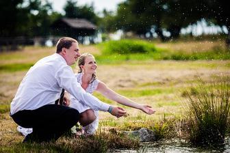 Původně jsme chtěli do rybníčku vlézt, ale nevypadal úplně vábně :-)