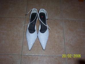 moje svadobné topanočky