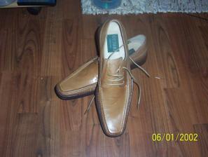 drahého topánky
