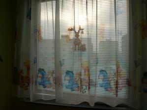 """Záclonka, vánoční windowcolor a """"úžasný"""" výhled"""